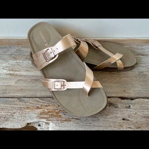 Madden Girl 'Brycee' footbed sandals in rose gold
